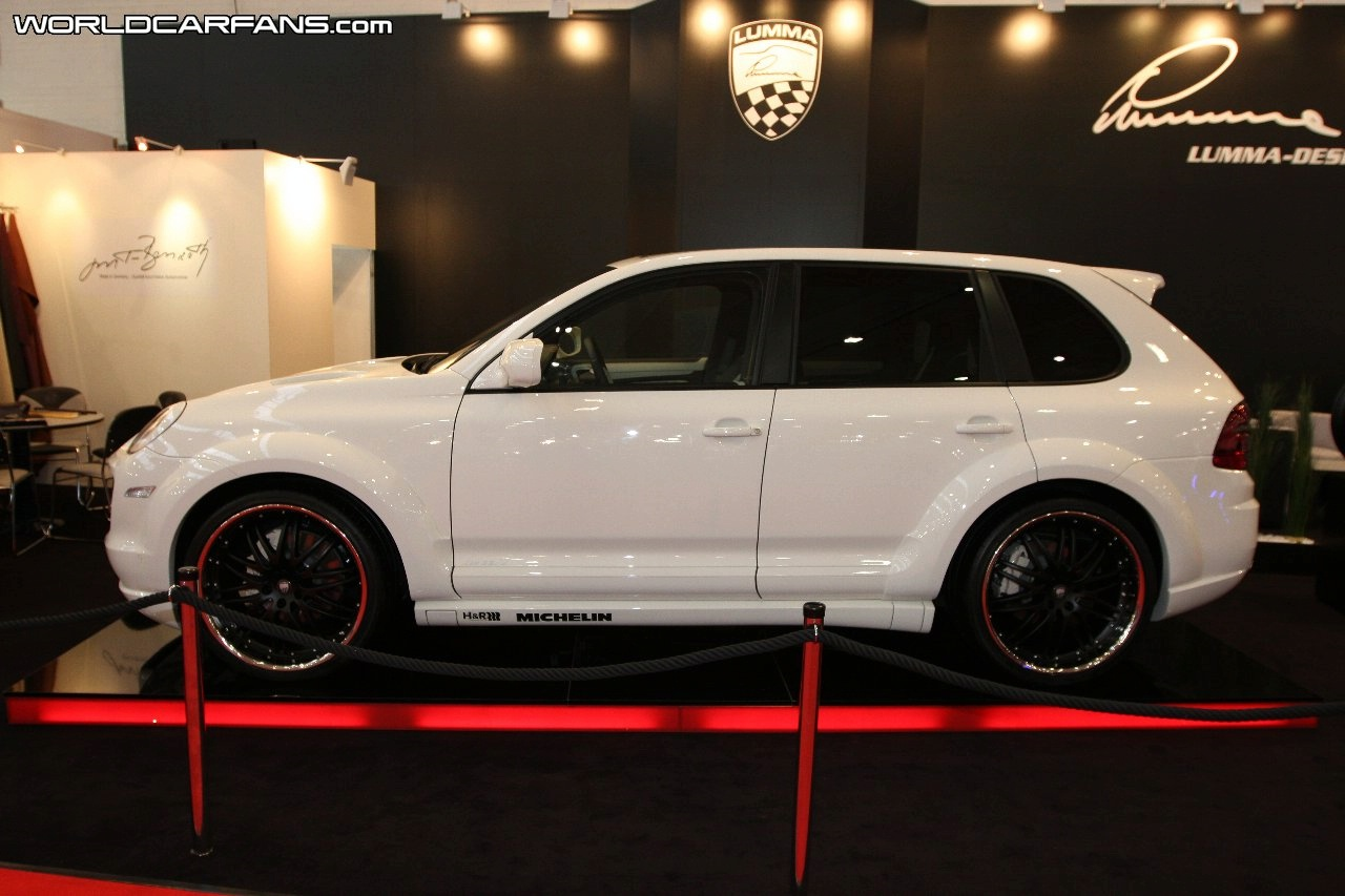 porsche cayenne gts by lumma design6 car news. Black Bedroom Furniture Sets. Home Design Ideas