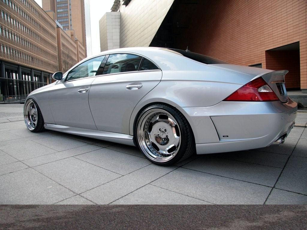 March 19, 2009 1024 × 768 Mercedes CLS by MEC Design