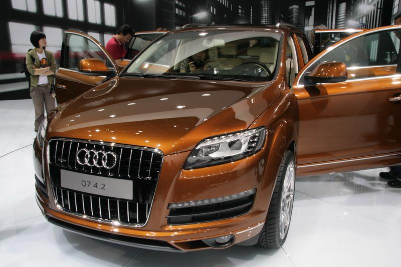 audi-q7-facelift-at-shanghai-motor-show-2009