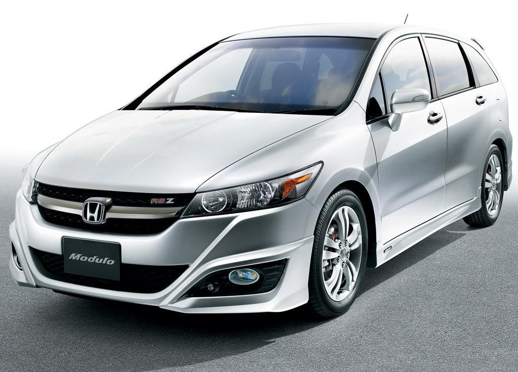 Honda Stream by Modulo – Car tuning and Modified Cars