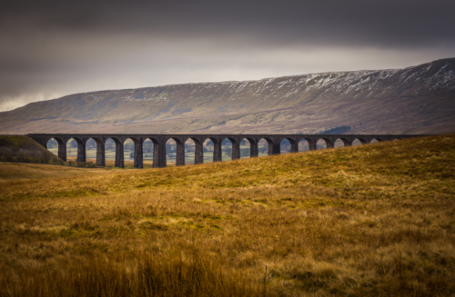 Journey_Under_the_Ribblehead_Viaduct